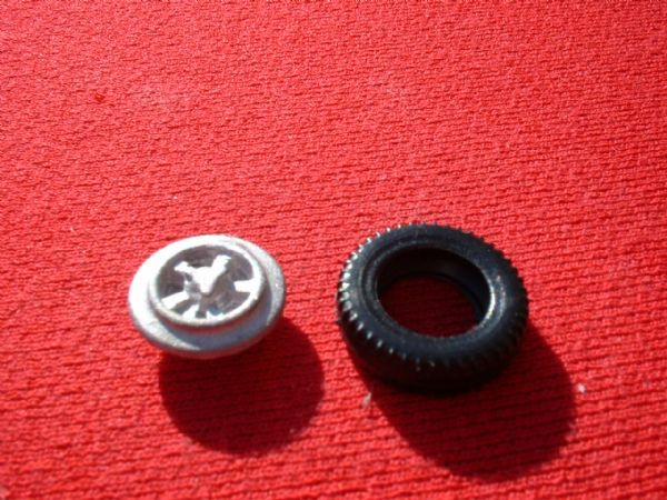 Dinky Toys 165 Ford Capri Hub with tyre (Each)